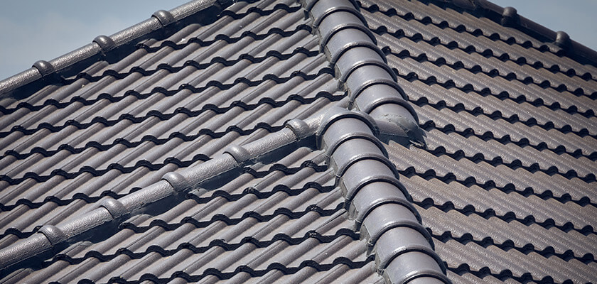 Tile Roof Painting | Brisbane | Fade-resistant colour pointing
